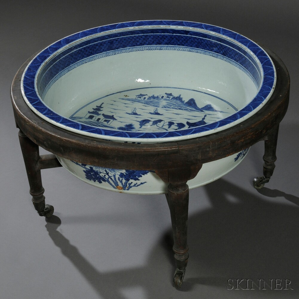 Chinese Export Porcelain Canton Blue and White Foot Basin on Stand