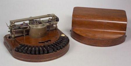 Hammond Model I Typewriter