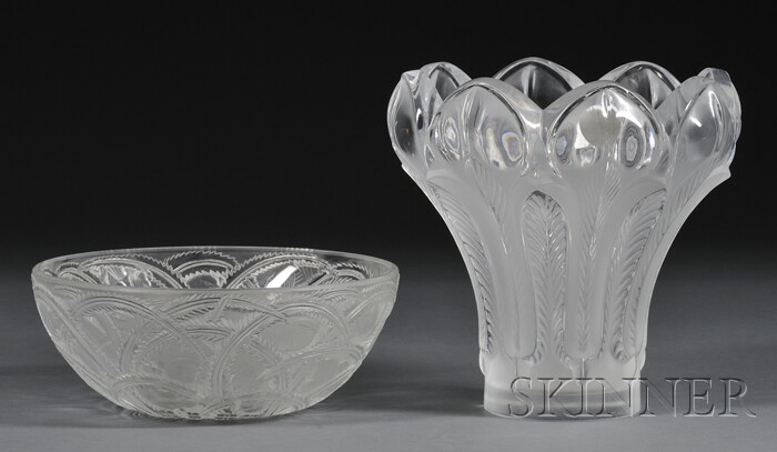 Lalique Glass Pinsons Pattern Bowl and Esna Pattern Vase