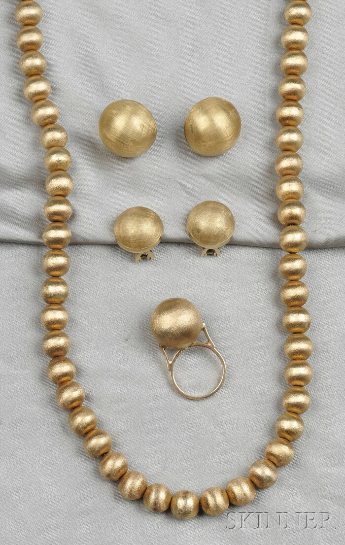 Group of 14kt Gold Jewelry Items