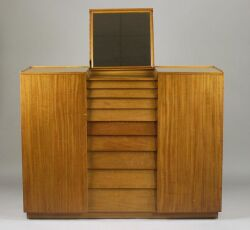 Seven Piece Dunbar Blond Mahogany Bedroom Suite