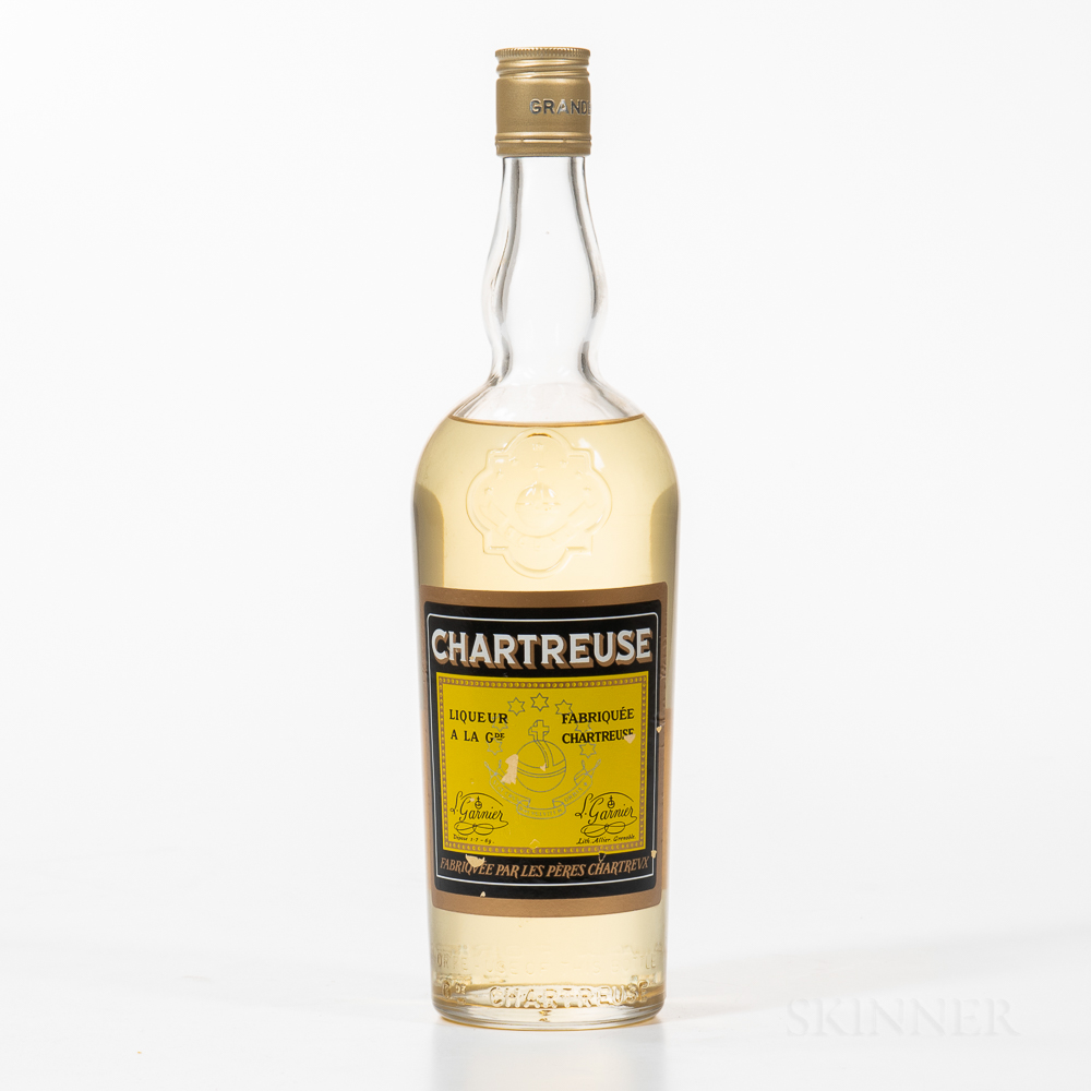 Yellow Chartreuse, 1 bottle