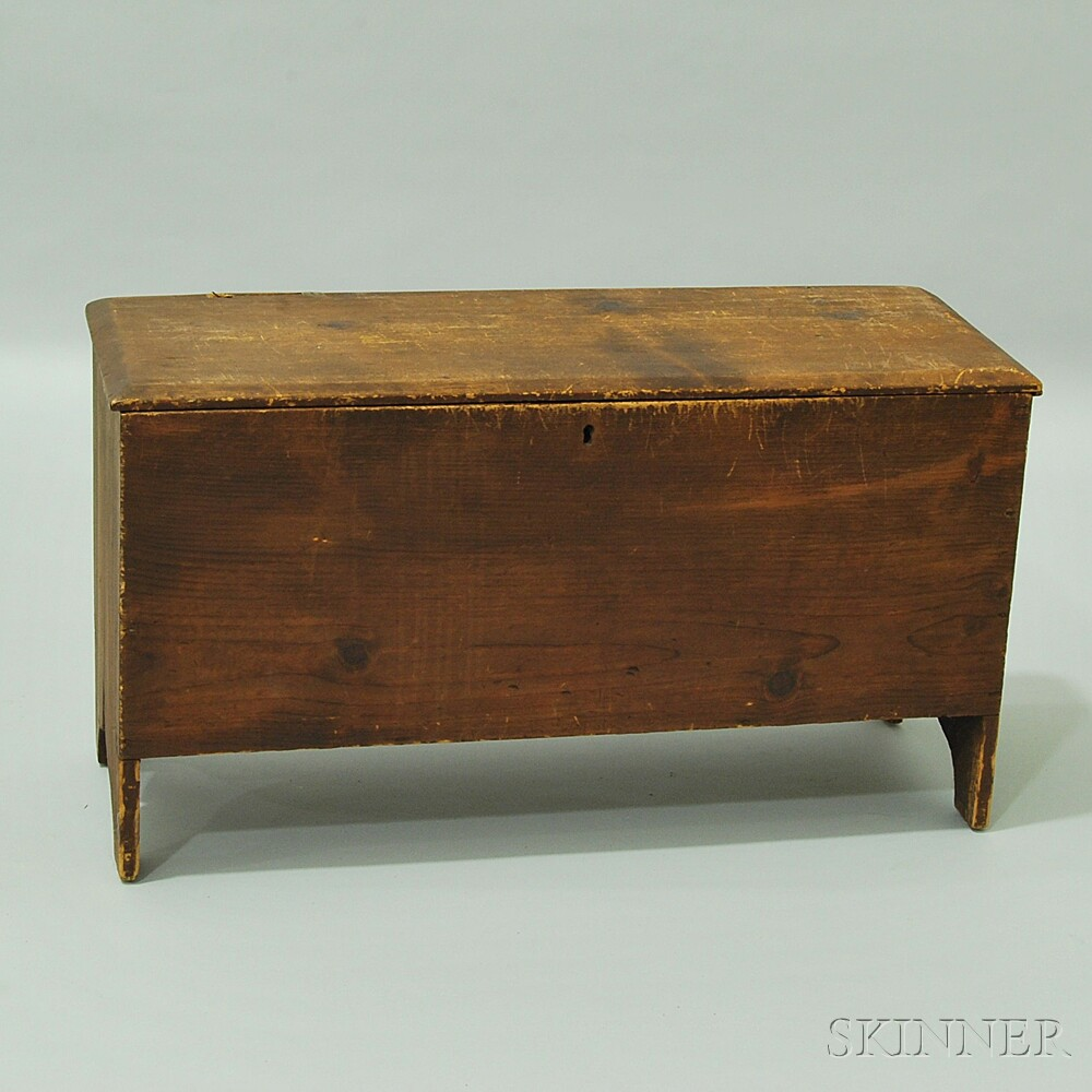 Small Pine Six-board Chest