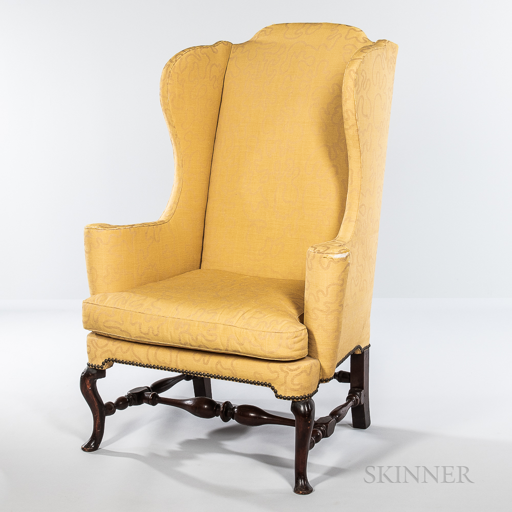 Queen Anne Upholstered Easy Chair