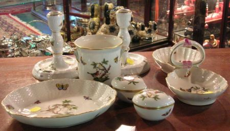Six Herend Porcelain Rothschild Pattern Table Items
