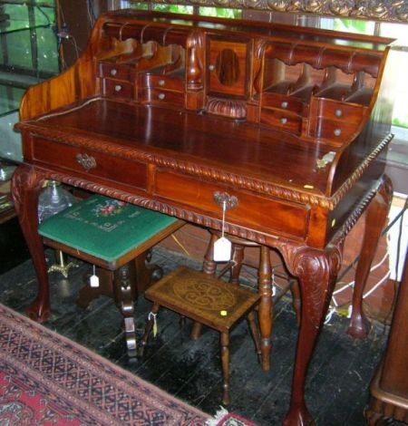 Rococo-style Asian Hardwood Desk