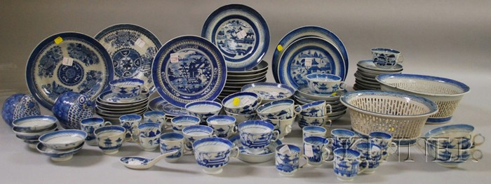 Lot of Assorted Chinese Export Porcelain Canton Tableware