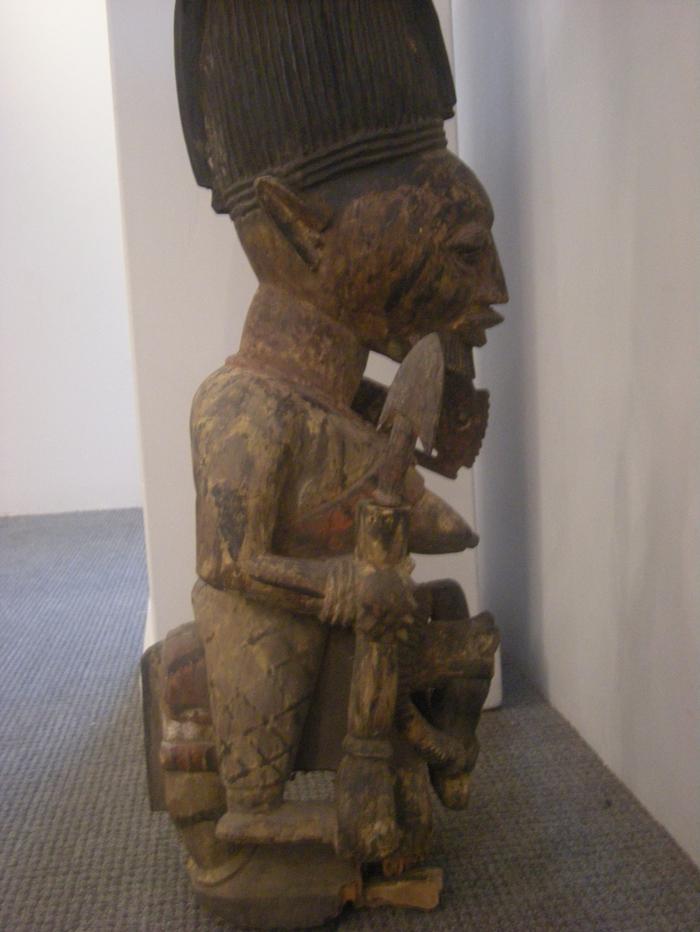 African Carved Wood Shrine Figure Sale Number 2533b Lot
