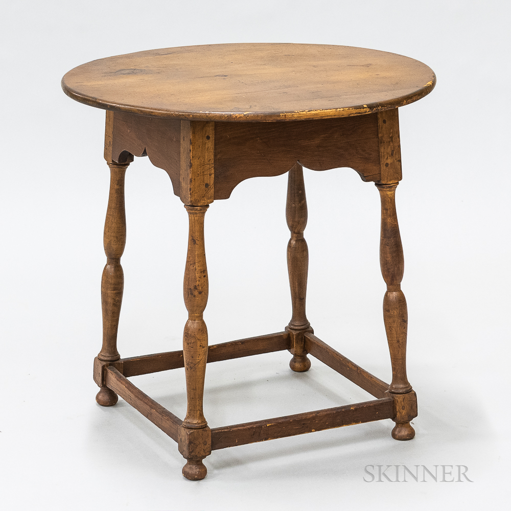 Early Maple Circular-top Tea Table