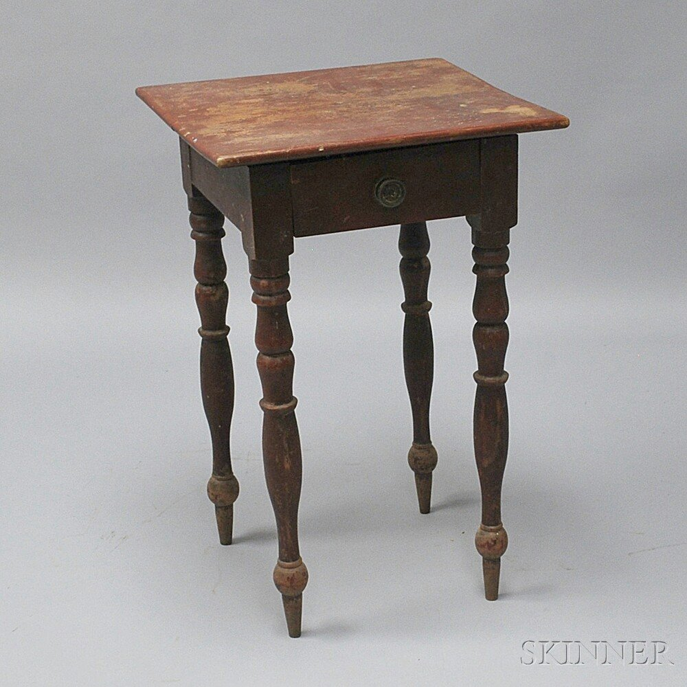 Classical Red-painted One-drawer Stand