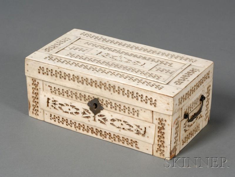 Small Whalebone Veneer Trinket Box with Pierced Decoration
