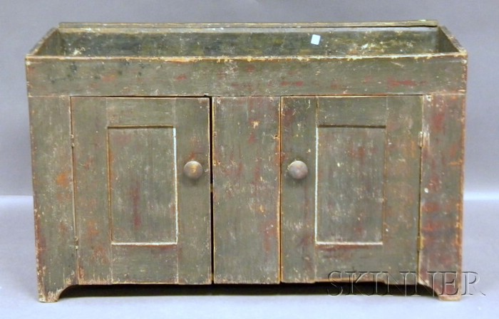 Green-painted Pine Dry Sink