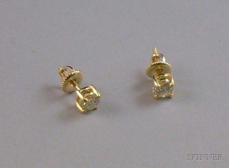14kt Gold Round Brilliant-cut Diamond Stud Earrings