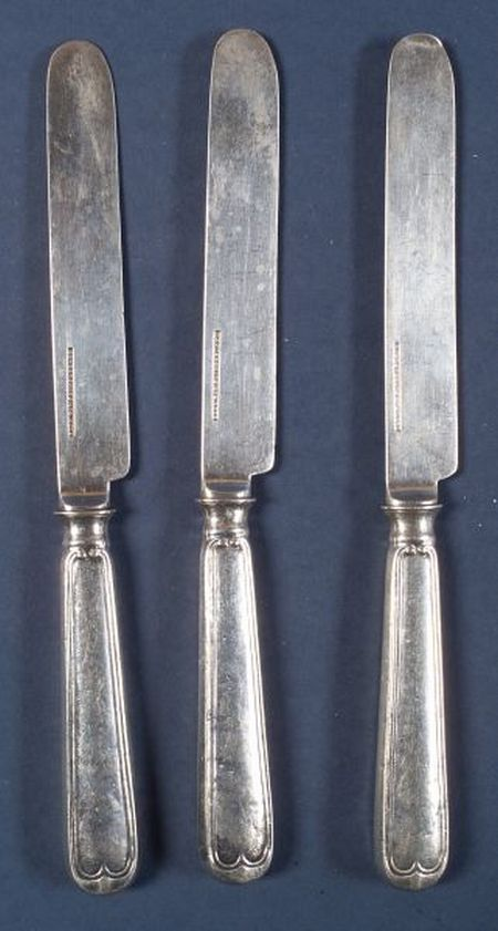 Set of Ten Ball, Tompkins & Black Silver Fruit Knives