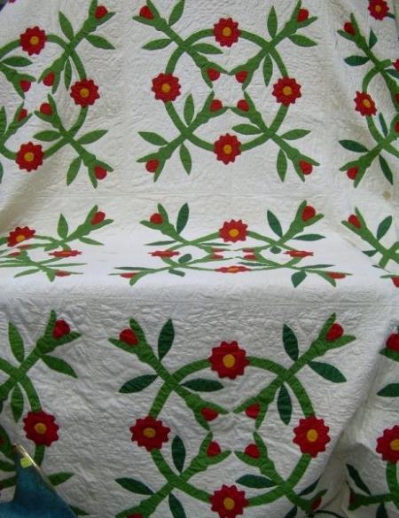 Pieced and Applique Cotton Floral Wreath Quilt
