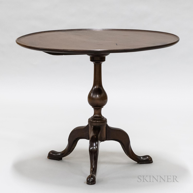English Mahogany Tilt-top Tea Table