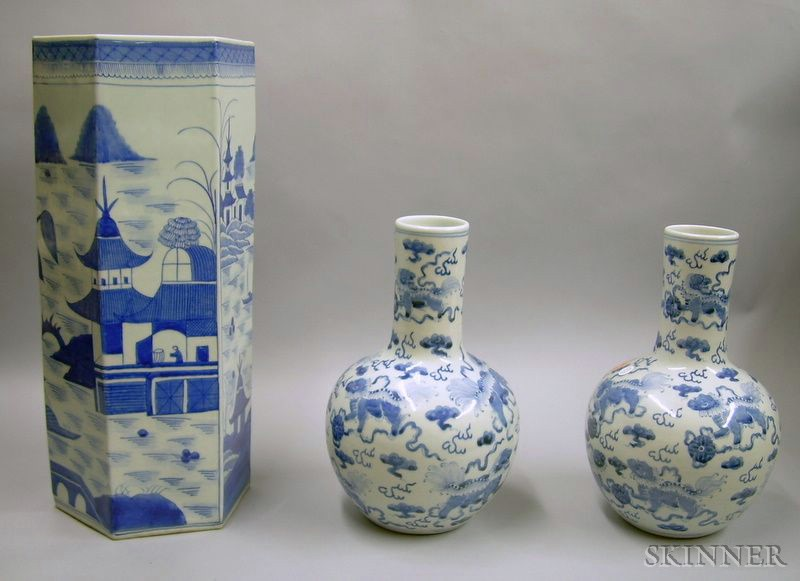 Pair of Modern Chinese Export Blue and White Porcelain Bottle Vases and a...