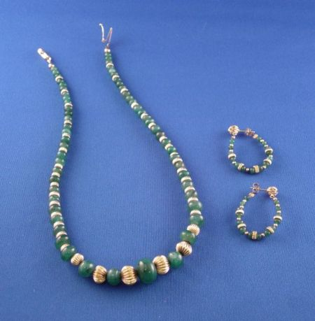 14kt Gold and Emerald Bead Necklace