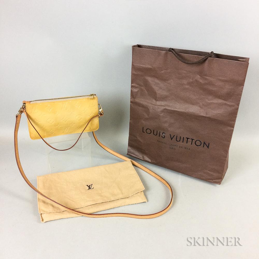 Louis Vuitton Vernis Pochette