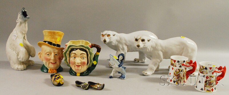 Eleven Assorted Collectible Ceramic Items