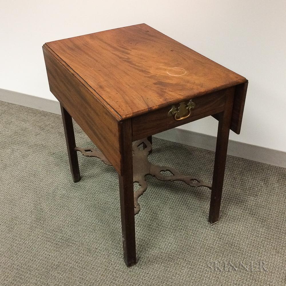 George III Mahogany One-drawer Drop-leaf Pembroke Table