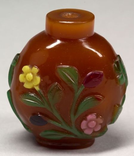 Four-Color Overlay Snuff Bottle