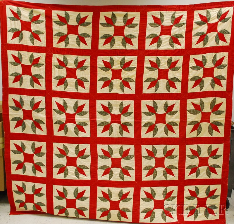 Hand and Machine-stitched Pieced Cotton Turkey Tracks Pattern Quilt