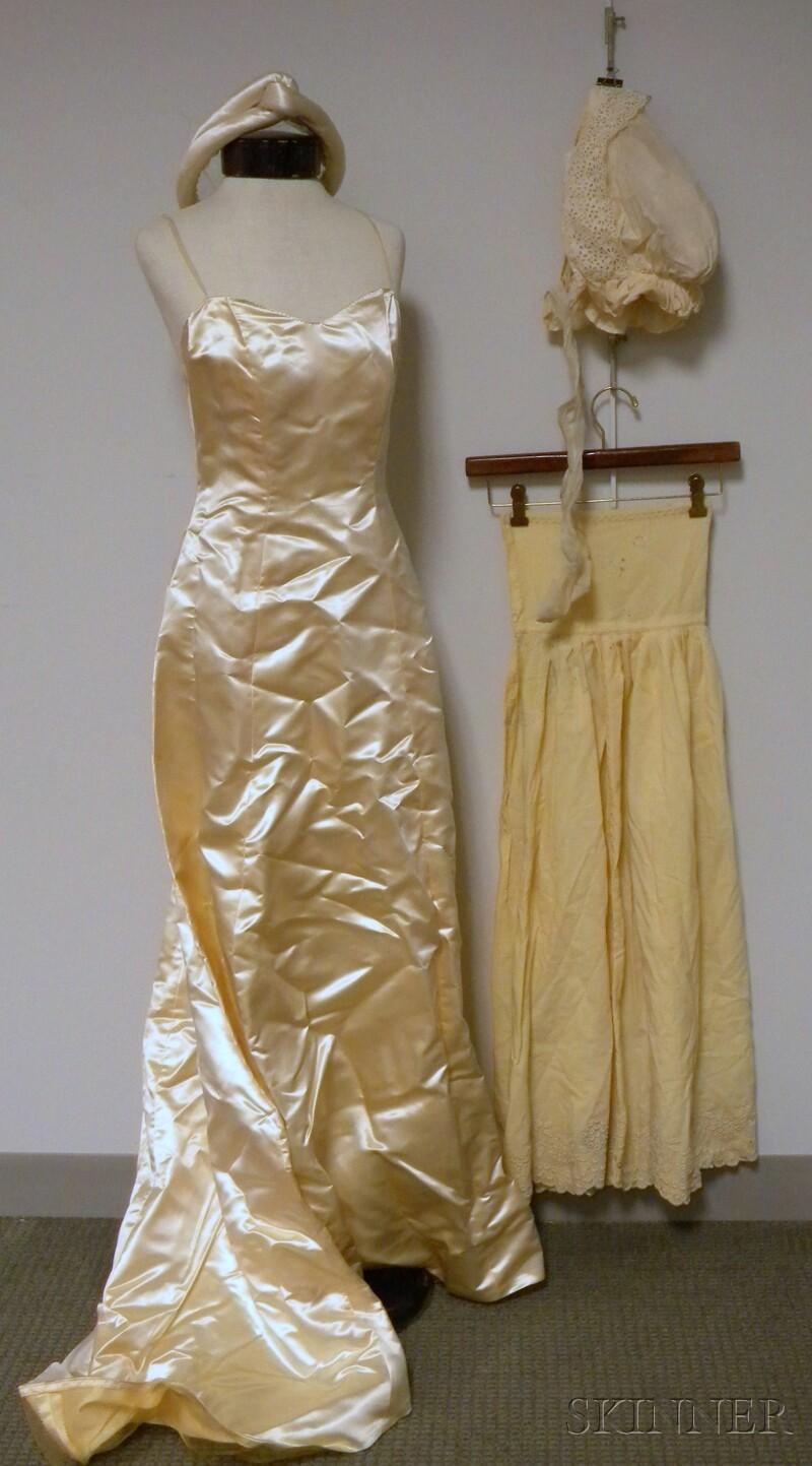 Jays Boston Ivory Satin Wedding Dress