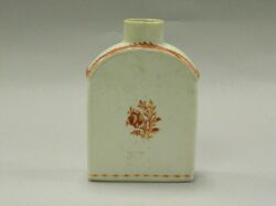 Chinese Export Porcelain Tea Caddy.