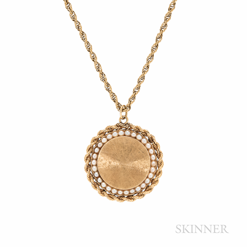 14kt Gold Pendant and Chain