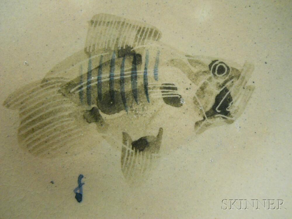 Earthenware Fish-decorated Dish