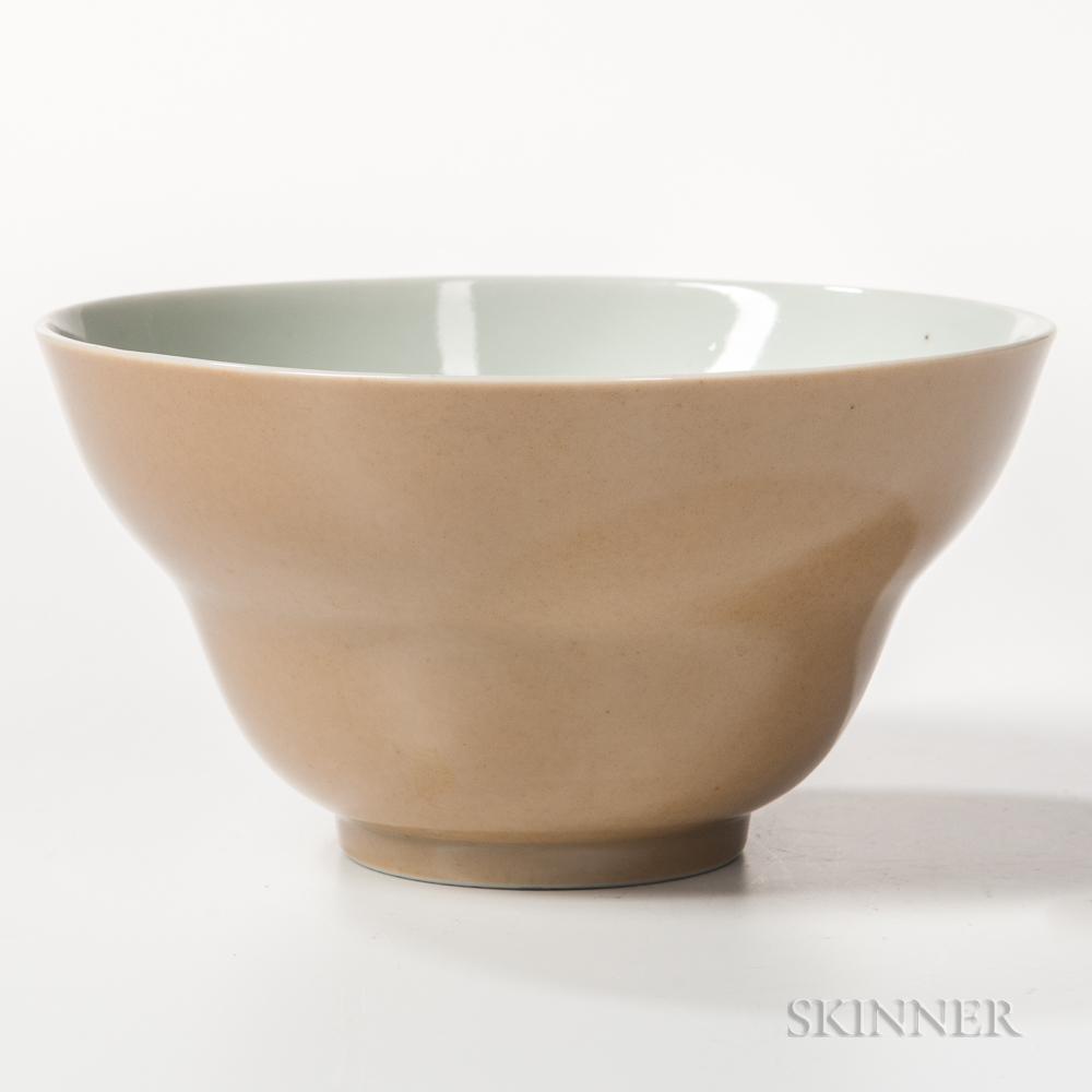 Brown-glazed Deep Bowl