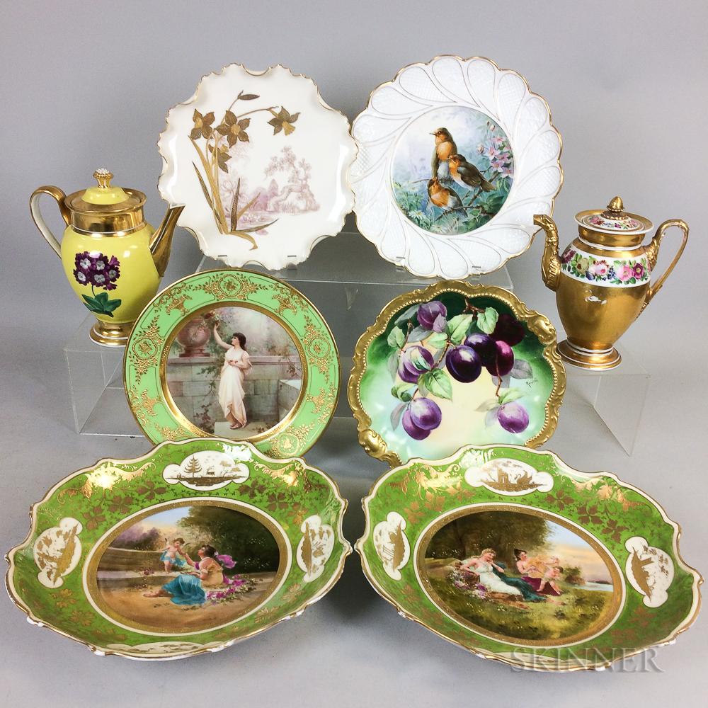 Eight Porcelain Items
