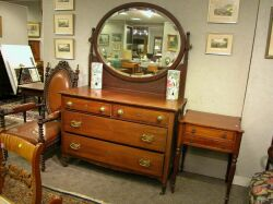 Mahogany Mirrored Dresser.