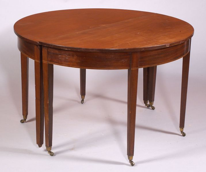 Late Federal Inlaid Mahogany Banquet Table
