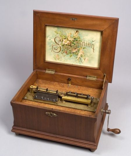 Symphonion 10 3/4-inch Disc Musical Box
