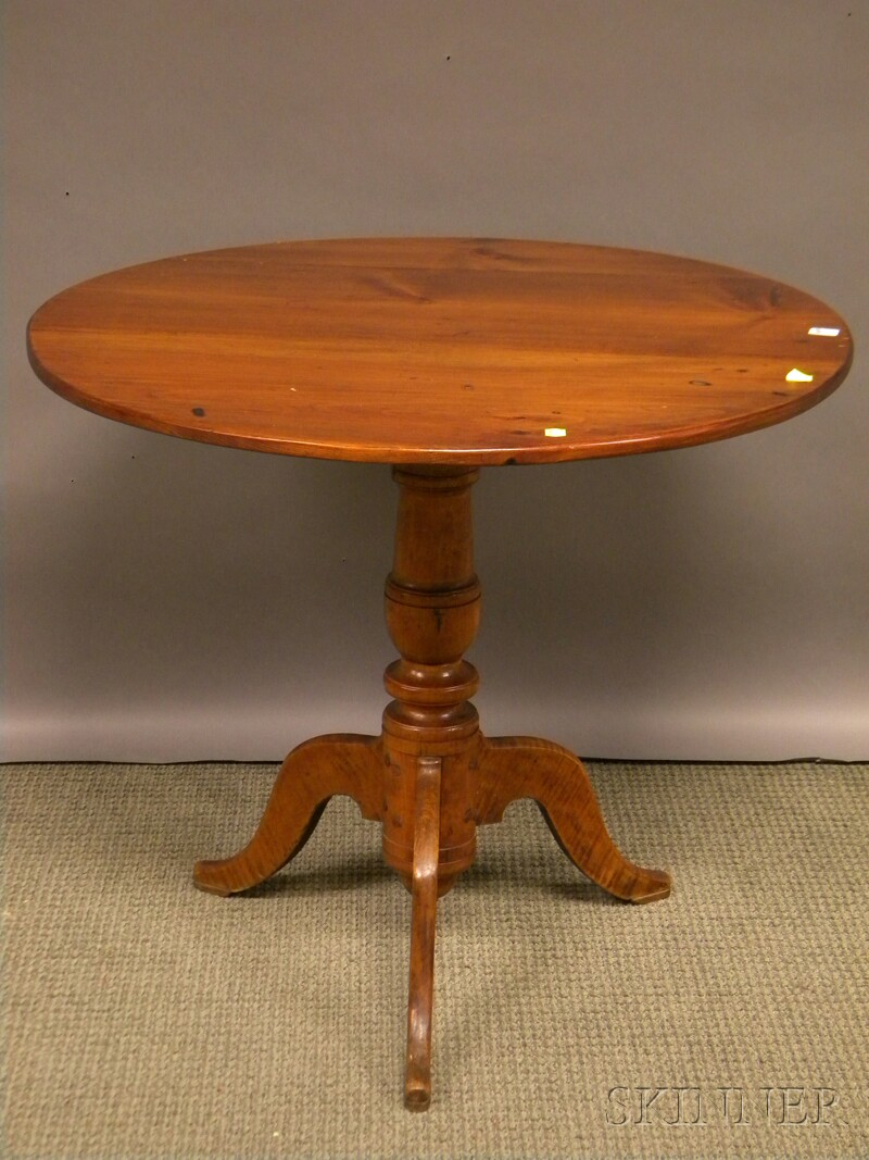 Country Classical Pine and Maple Tilt-top Tea Table