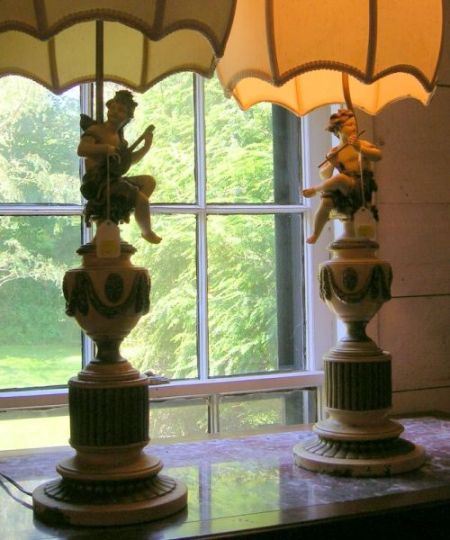 Pair of Whimsical Crème Painted and Parcel-gilt Figural Table Lamps