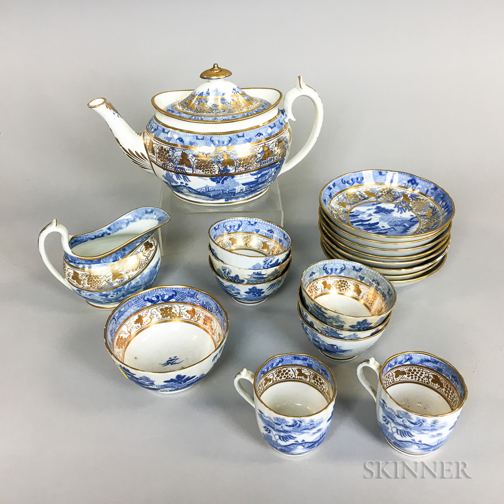 Nineteen-piece Blue and White Transfer-decorated Tea Set