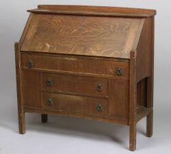 Arts & Crafts Lifetime Oak Drop-front Desk