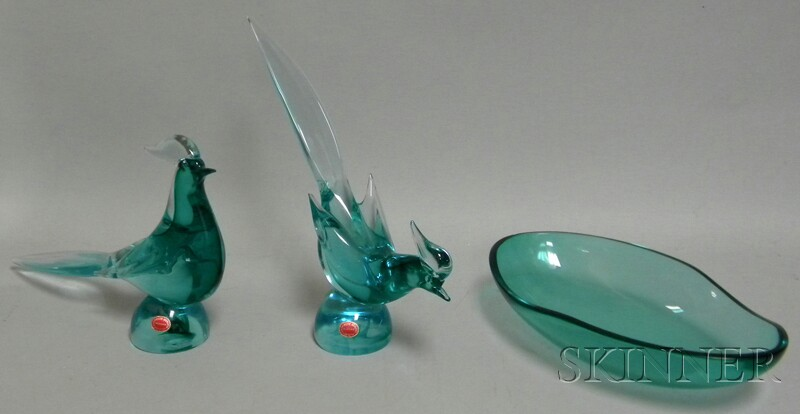 Pair of Archimede Seguso Art Glass Bird Figures and a Center Bowl