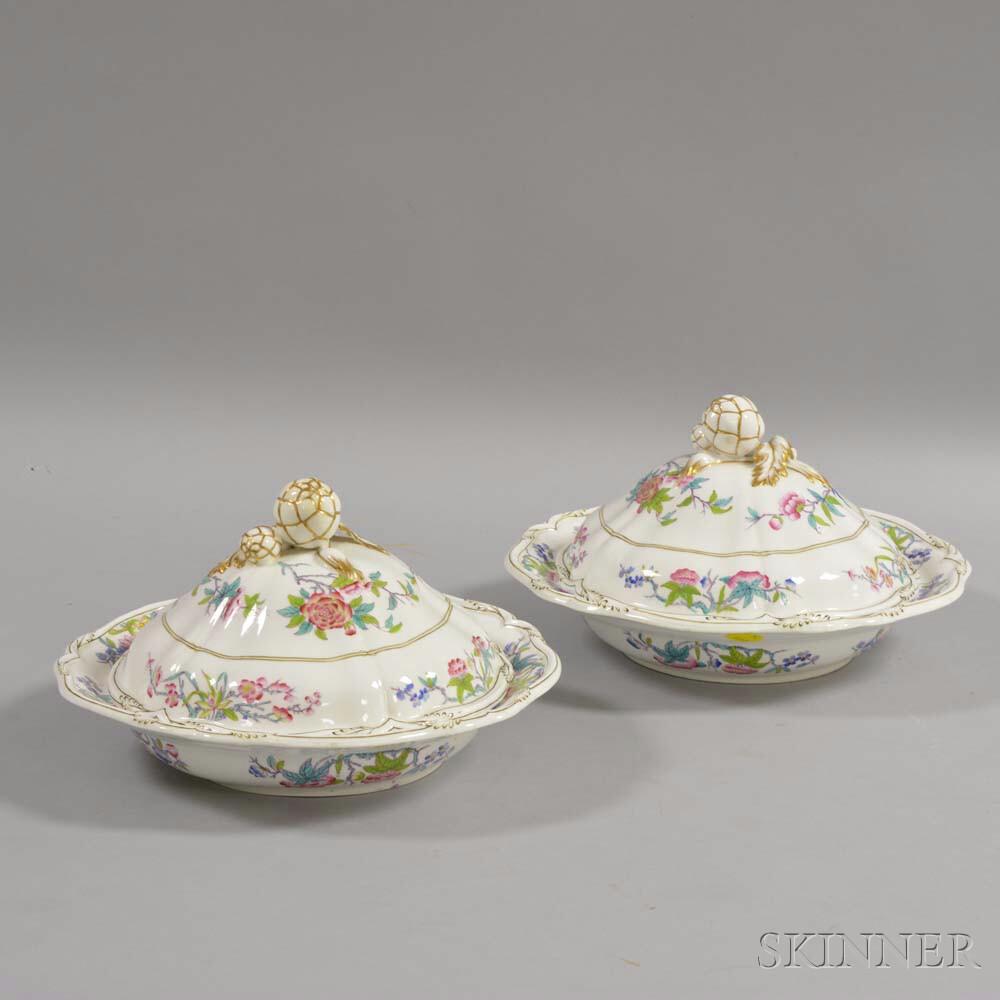 Pair of Felspar Porcelain Covered Vegetable Dishes