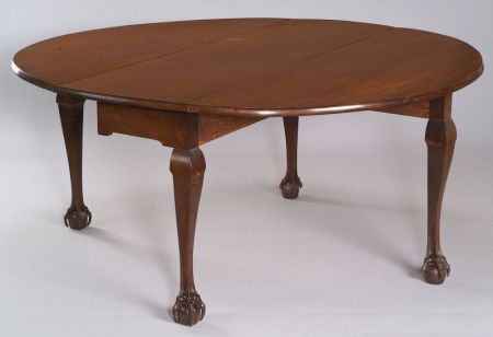Rare Bower Family Chippendale Mahogany Carved Dining Table