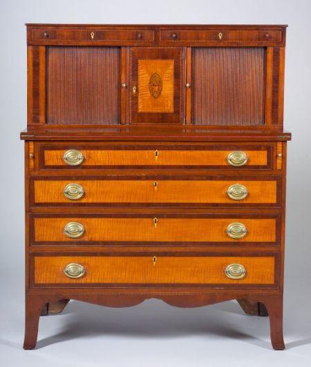 Federal Mahogany Inlaid Tambour Desk