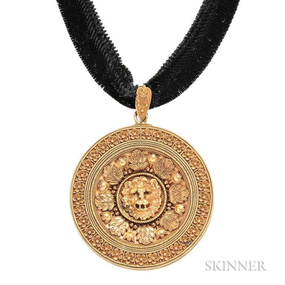 Archeological Revival 18kt Gold Pendant, Ernesto Pierret