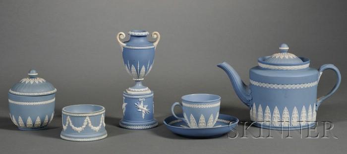 Five Wedgwood Solid Blue Jasper Items
