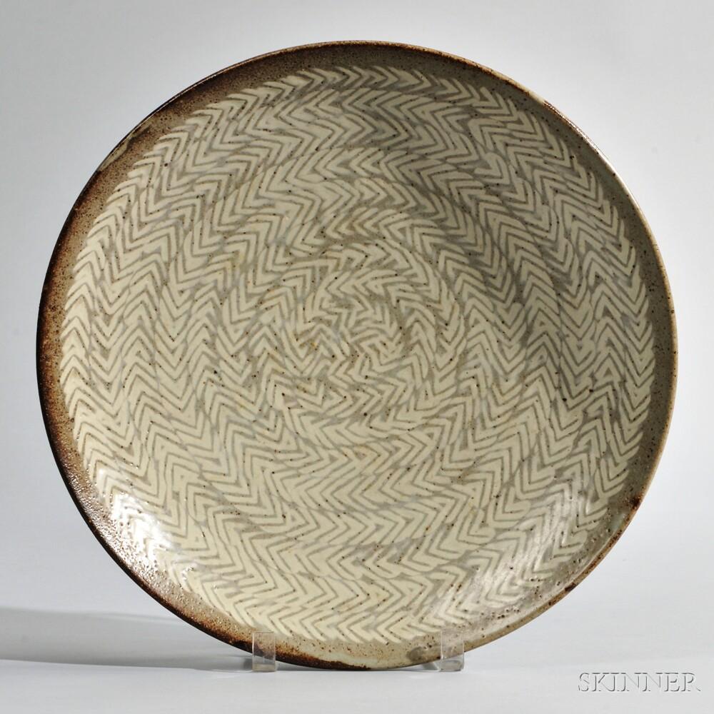 Tatsuzo Shimaoka (1919-2007) Large Deep Dish