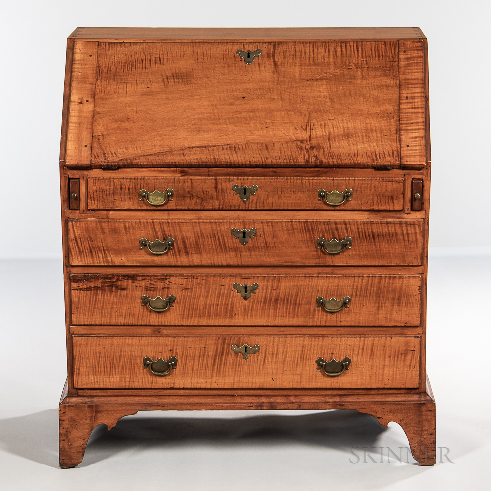 Tiger Maple and Maple Slant-lid Desk