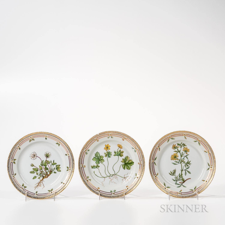 Seventeen Royal Copenhagen Flora Danica Plates