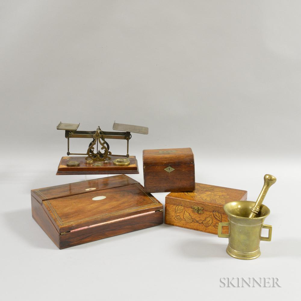Six Desk Items